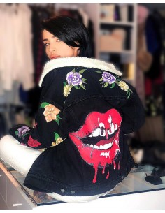 Jacheta Denim Red Lips, cu blana Sherpa