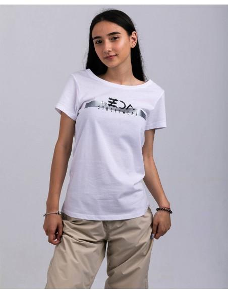 Tricou alb femei bumbac organic ByEDA Streetwear frontal prim plan