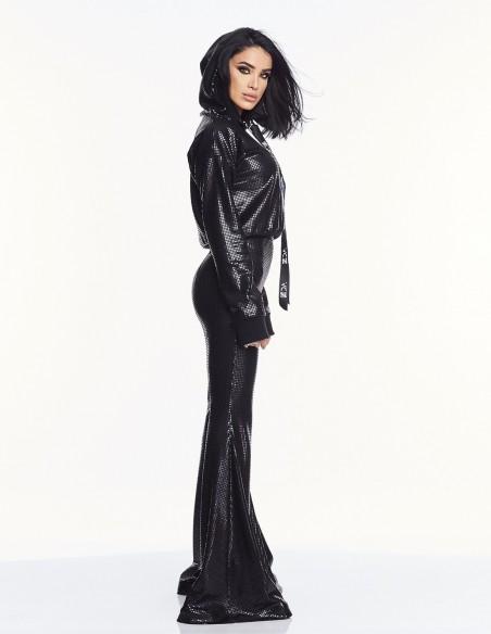 Adelina Pestritu - Pantaloni glamour evazati cu talie inalta - Negru (photo: Studio Baragan)