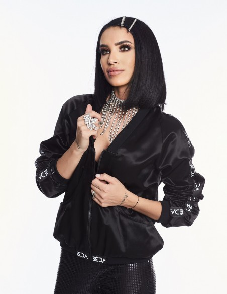 Adelina Pestritu - Jacheta bomber neagra (photo: Studio Baragan)